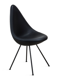 Republic of Fritz Hansen DROP™ chair – Black