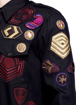 'Chale' military badge shirt