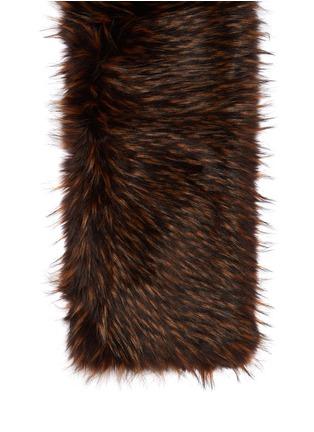 Detail View - Click To Enlarge - Dries Van Noten - 'Geordie' faux fur shawl collar