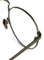 Round titanium optical glasses