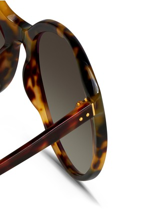 Detail View - Click To Enlarge - Linda Farrow - Tortoiseshell acetate oversize cat eye sunglasses