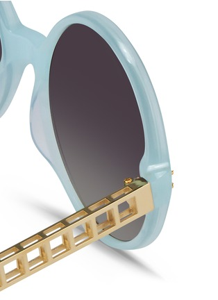 Detail View - Click To Enlarge - Linda Farrow - Titanium caged temple acetate round sunglasses