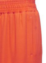 Elastic waist tapered pants