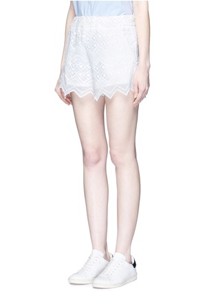 Front View - Click To Enlarge - Nicholas - Zigzag edge geometric lace cotton shorts