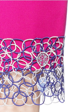 Detail View - Click To Enlarge - Peter Pilotto - Circle lace hem pencil skirt