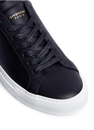 Detail View - Click To Enlarge - Givenchy - 'Urban Street' knot collar leather sneakers