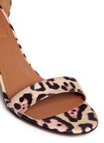 豹纹印花真皮高跟凉鞋