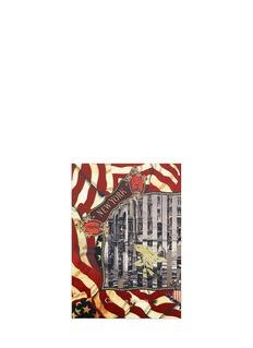 CHRISTIAN LACROIXNotecard - New York