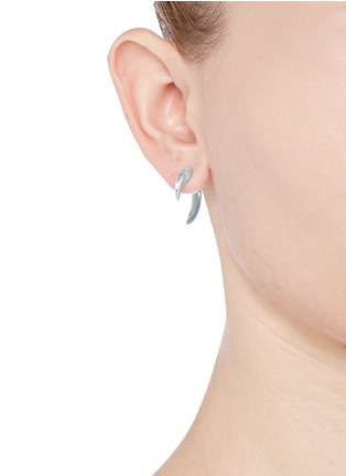 Figure View - Click To Enlarge - Shaun Leane - Silver talon earrings