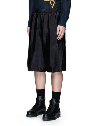 Front View - Click To Enlarge - Dries Van Noten - Peacock jacquard elastic waist shorts
