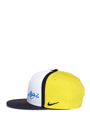 Figure View - Click To Enlarge - Nike - 'LeBron 13 True' colourblock baseball cap