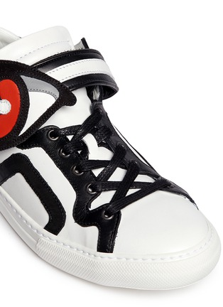 Detail View - Click To Enlarge - Pierre Hardy - 'Oh Roy' eye strap leather mid top sneakers