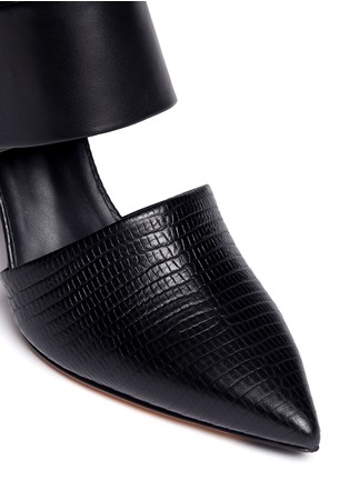 Detail View - Click To Enlarge - Vince - 'Carpi' cutout leather booties