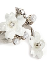 'Winter Wonderland' Swarovski crystal pearl floral ring