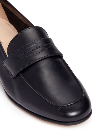Detail View - Click To Enlarge - Mansur Gavriel - Calfskin leather loafers