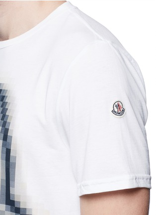 Detail View - Click To Enlarge - Moncler - Pixel logo print cotton T-shirt