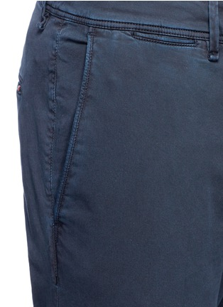 Detail View - Click To Enlarge - Moncler - Garment dyed cotton chinos