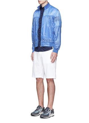模特儿示范图 - 点击放大 - MONCLER - FARES条纹图案透视外套