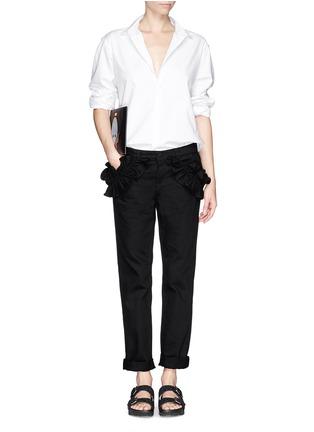 模特儿示范图 - 点击放大 - J BRAND X SIMONE ROCHA - 荷叶边纯棉牛仔裤