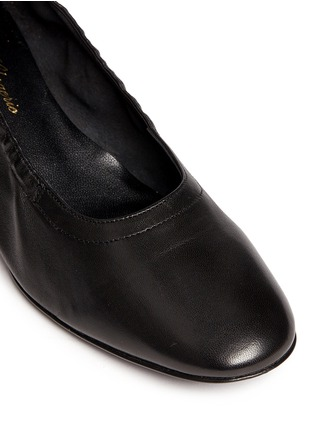 Detail View - Click To Enlarge - Robert Clergerie - 'Poket' wood effect heel lambskin leather pumps