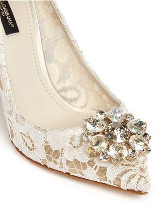 Detail View - Click To Enlarge - Dolce & Gabbana - 'Bellucci' jewel brooch Taormina lace pumps