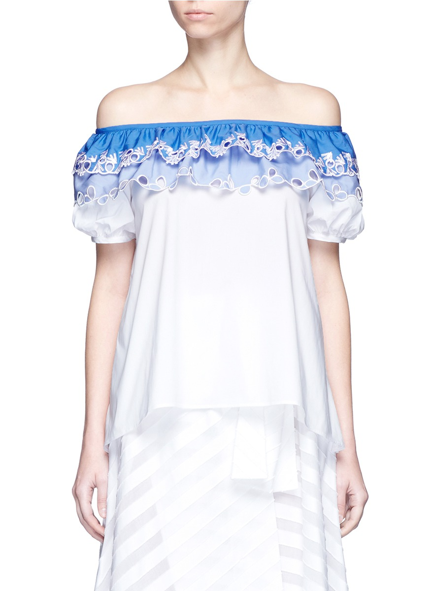 Embroidered trim poplin off-shoulder top by Peter Pilotto