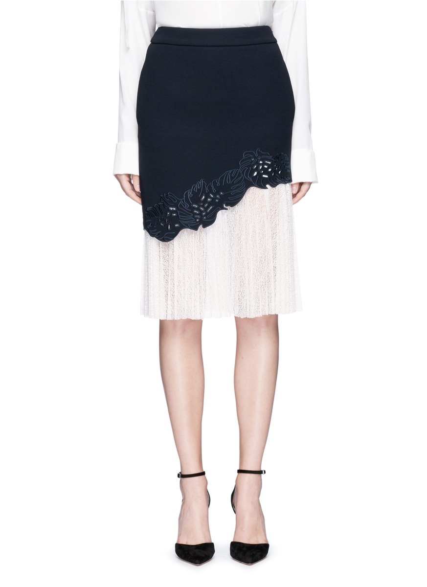 Lace underlay cutwork embroidery crepe skirt by Comme Moi