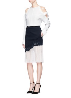 Comme Moi Lace underlay cutwork embroidery crepe skirt