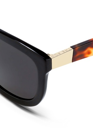 Detail View - Click To Enlarge - The Row - x Linda Farrow tortoiseshell temple acetate sunglasses