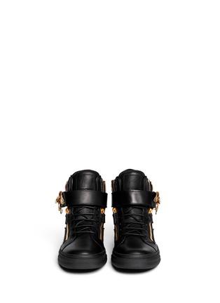 模特儿示范图 - 点击放大 - GIUSEPPE ZANOTTI DESIGN - 雄鹰装饰高筒球鞋