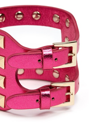 Detail View - Click To Enlarge - Valentino - 'Rockstud' cutout metallic leather bracelet