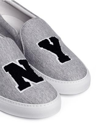 细节 - 点击放大 - JOSHUA SANDERS - NY字母布贴厚底便鞋