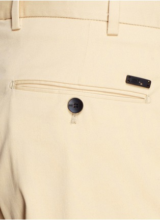 Detail View - Click To Enlarge - Armani Collezioni - Flat front slim fit chinos