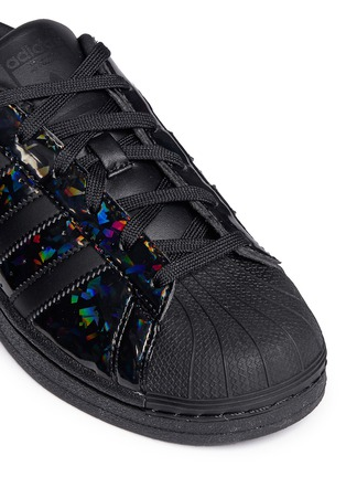 Detail View - Click To Enlarge - Adidas - 'Superstar' holographic leather sneakers