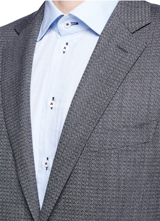 Detail View - Click To Enlarge - Canali - 'Travel' chevron stripe wool suit