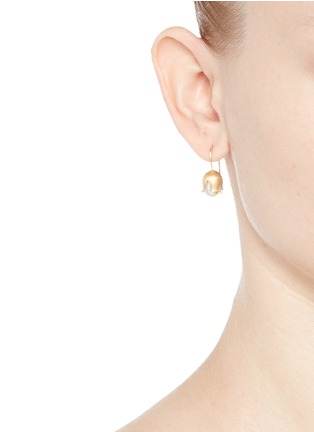 Figure View - Click To Enlarge - Belinda Chang - 'Flora' 18k yellow gold plated freshwater pearl earrings