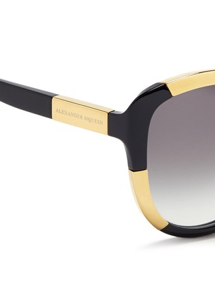 Detail View - Click To Enlarge - Alexander McQueen - Inset metal block acetate oversize sunglasses