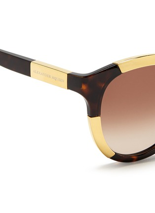 Detail View - Click To Enlarge - Alexander McQueen - Inset metal block tortoiseshell acetate sunglasses