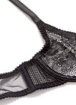 'Layla' lace mesh non-padded plunge bra