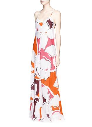 模特儿示范图 - 点击放大 - DIANE VON FURSTENBERG - 'Barths' floral print silk maxi dress