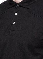 Garment dyed piqué polo shirt