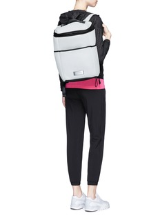 Calvin Klein CollectionPlonge mesh backpack