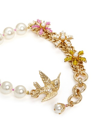 Detail View - Click To Enlarge - Miriam Haskell - Bird clasp beaded floral glass pearl bracelet