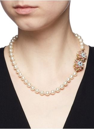 Figure View - Click To Enlarge - Miriam Haskell - Crystal floral clasp glass pearl necklace