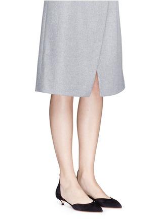 模特示范图 - 点击放大 - FRANCESCO RUSSO - 绒面真皮尖头高跟鞋