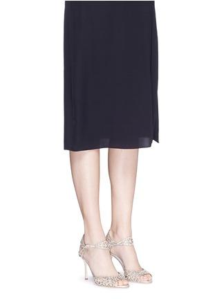 模特儿示范图 - 点击放大 - SERGIO ROSSI - 仿水晶绒面皮尖头高跟凉鞋