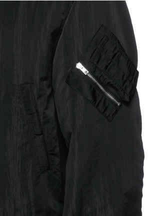 Detail View - Click To Enlarge - McQ Alexander McQueen - Crinkled tech cotton hood parka