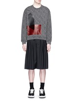 Triple pleat wool kilt shorts