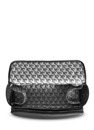Detail View - Click To Enlarge - Tang Tang Tang Tang - Nappa leather washbag