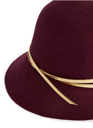 Detail View - Click To Enlarge - Sensi Studio - Mirror leather band wool felt cloche hat
